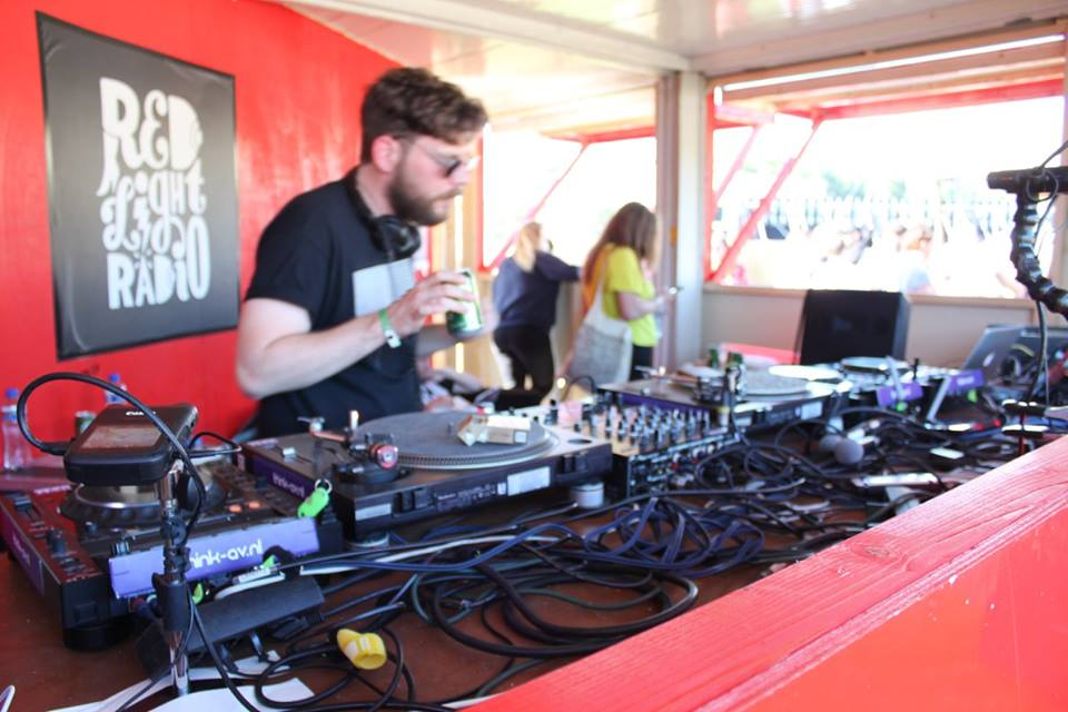 Dekmantel Funktion One DJ-gear Huren